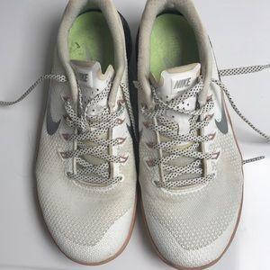 Gym shoes niki size7.5